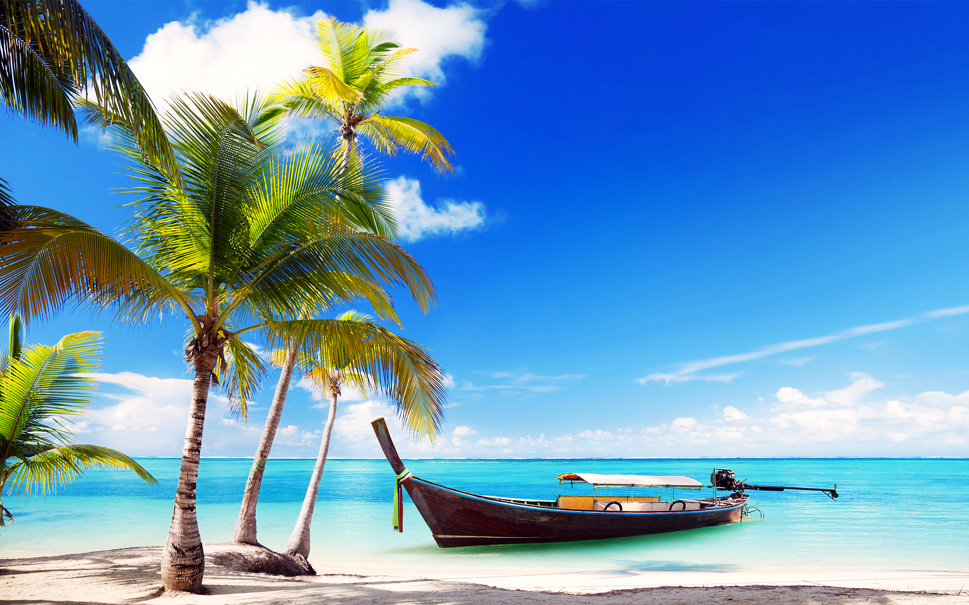 Открытка с пляжем, надписью танюшка