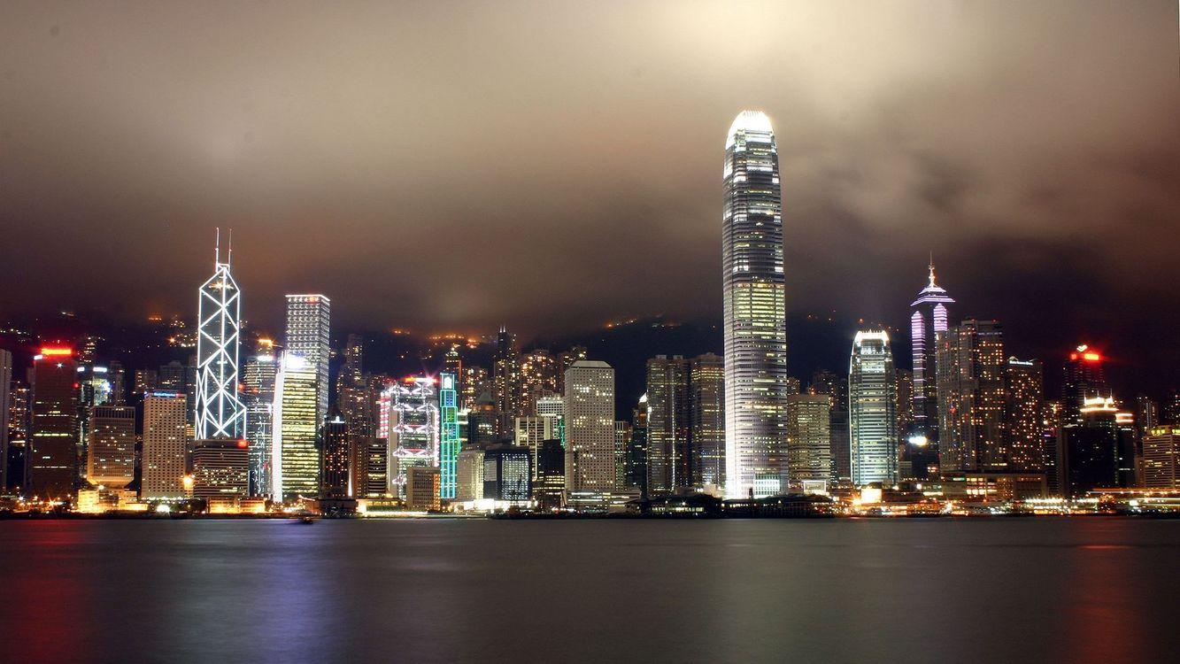 Фото бесплатно здания, высокие, темно, огни, много, небо, красиво, город, город