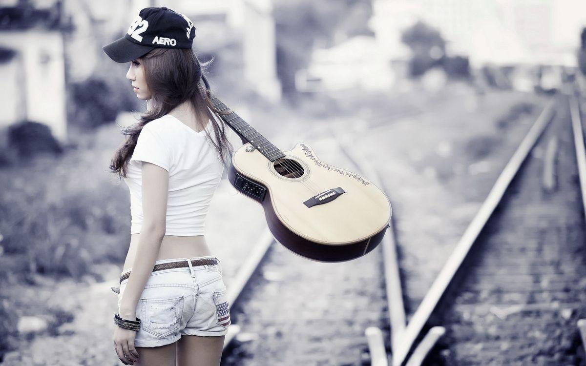 Фото бесплатно девушка, кепка, прическа - на рабочий стол