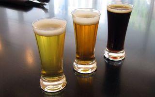 Бесплатные фото пиво,бокал,стакан,пенка,темное,светлое,бар