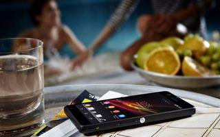 Бесплатные фото телефон,экран,заставка,стакан,лимоны,тарелка,фото