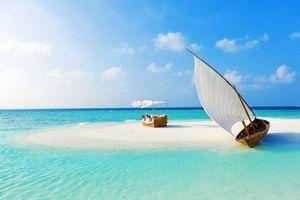 Бесплатные фото тропики,мальдивы,море,остров,пляж,лодка,девушка
