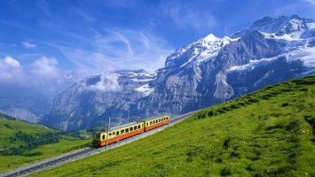 Бесплатные фото трамвай,природа,горы,небо,день,пейзаж,рельсы