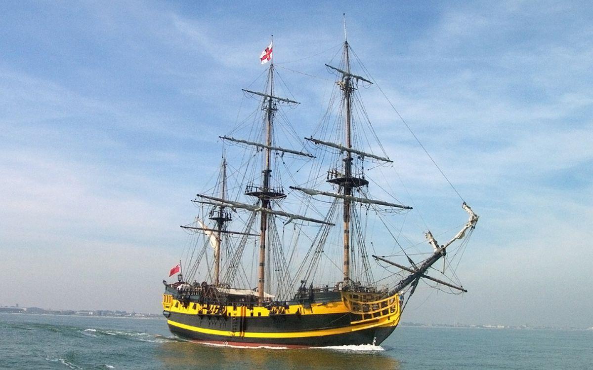 Обои корабль, палуба, небо картинки на телефон