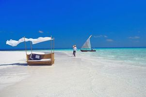 Бесплатные фото тропики,мальдивы,море,пляж,остров,лодка,пейзажи