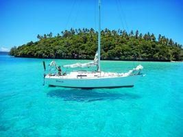 Бесплатные фото тропики,море,остров,яхта,разное