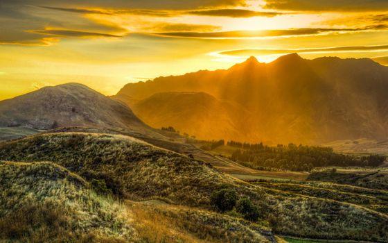 Фото бесплатно закат, гора, лучи солнца
