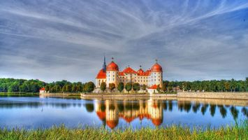 Бесплатные фото замок, берег, озеро, небо, трава, деревья, стиль