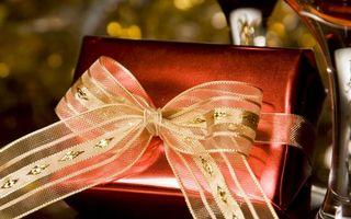 Бесплатные фото бантик,коробка,подарок,упаковка,праздник,новый год