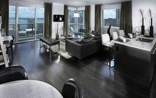Бесплатные фото комната,квартира,стол,стулья,окно,шторы,диван