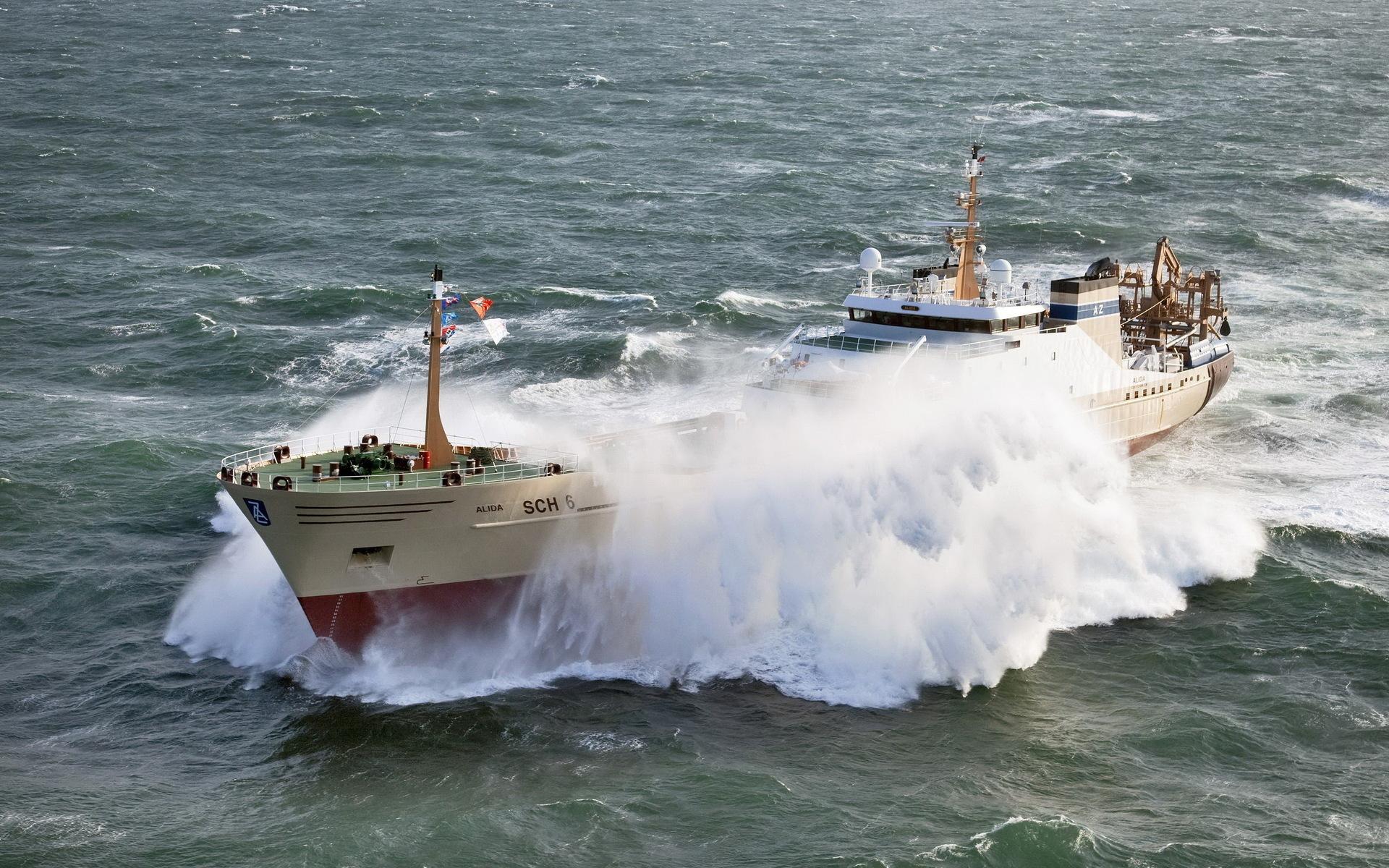 корабль, волны, брызги