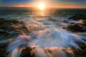 Бесплатные фото море,камни,солнце,закат,пейзажи