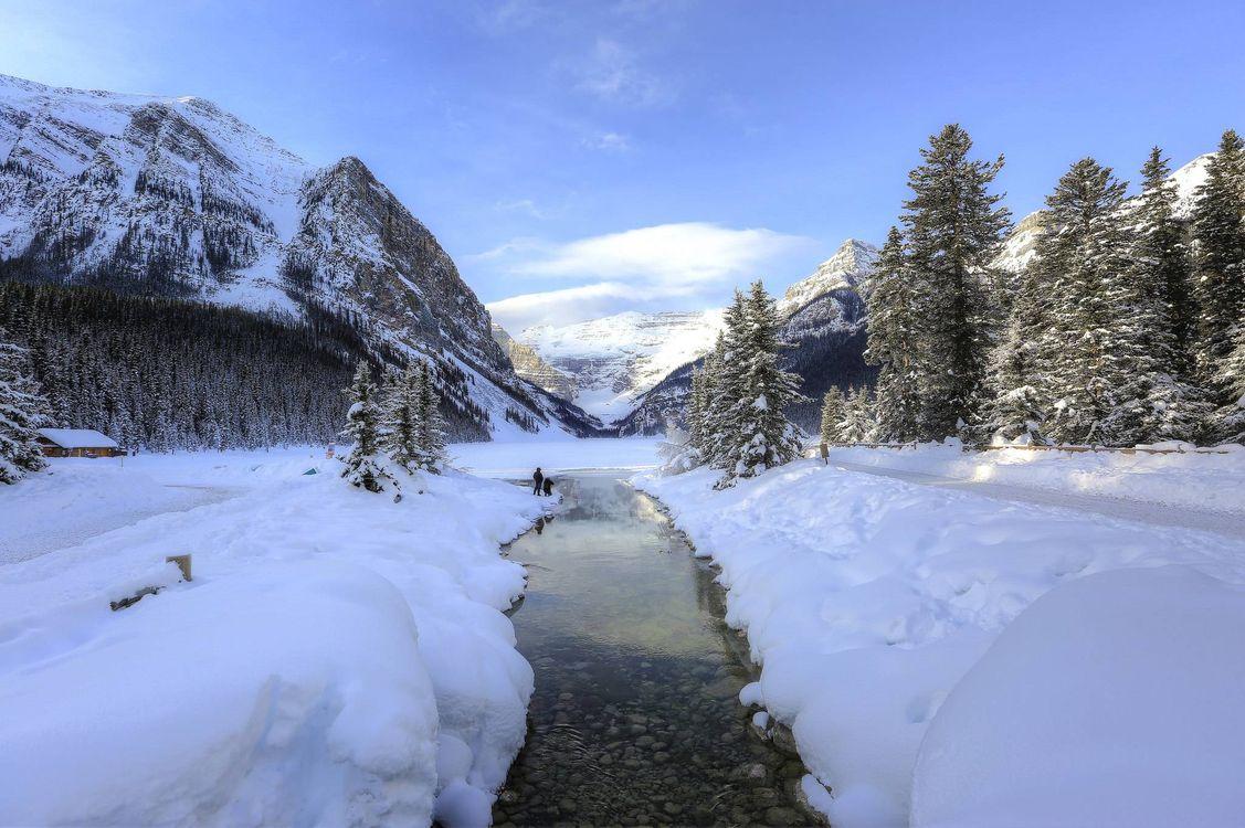 Обои озеро Луиз, Банф, Канада, зима, озеро, горы, деревья, пейзаж на телефон | картинки пейзажи