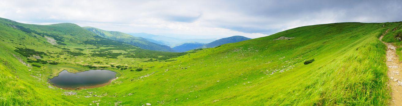 Фото бесплатно озеро в горах, зелень, новая земля