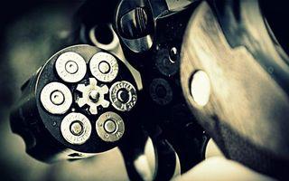 Бесплатные фото пистолет, револьвер, пули, калибр, рулетка, заряд, железо