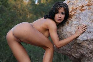 Бесплатные фото Clelia A, красотка, голая, голая девушка, обнаженная девушка, позы, поза