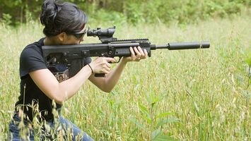Фото бесплатно девушка, снайпер, оружие