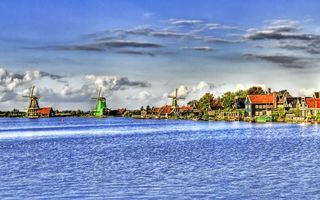 Бесплатные фото дома,вода,мельницы,небо,тучи,деревья,город