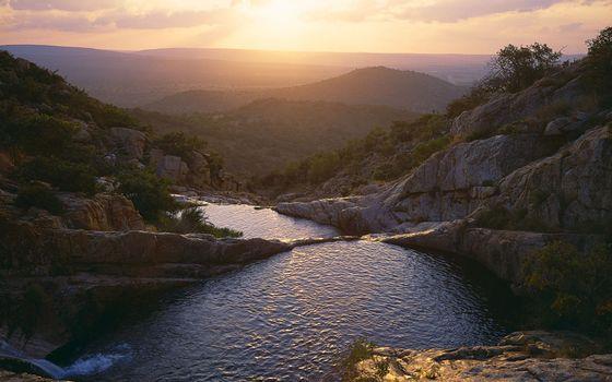 Заставки горы,камни,река,водные,пороги,солнце,небо,пейзажи