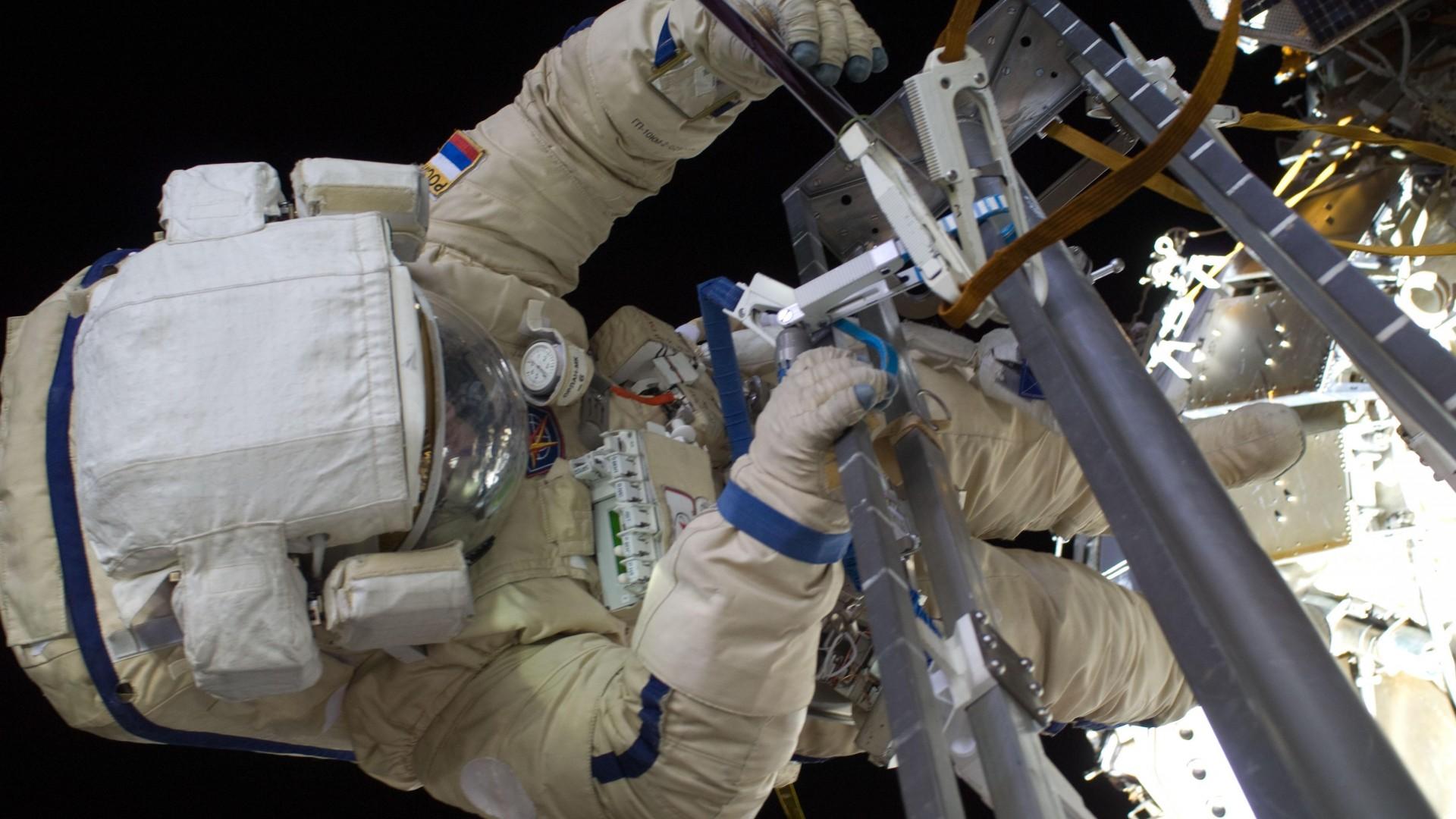 космонавт, скафандр, костям