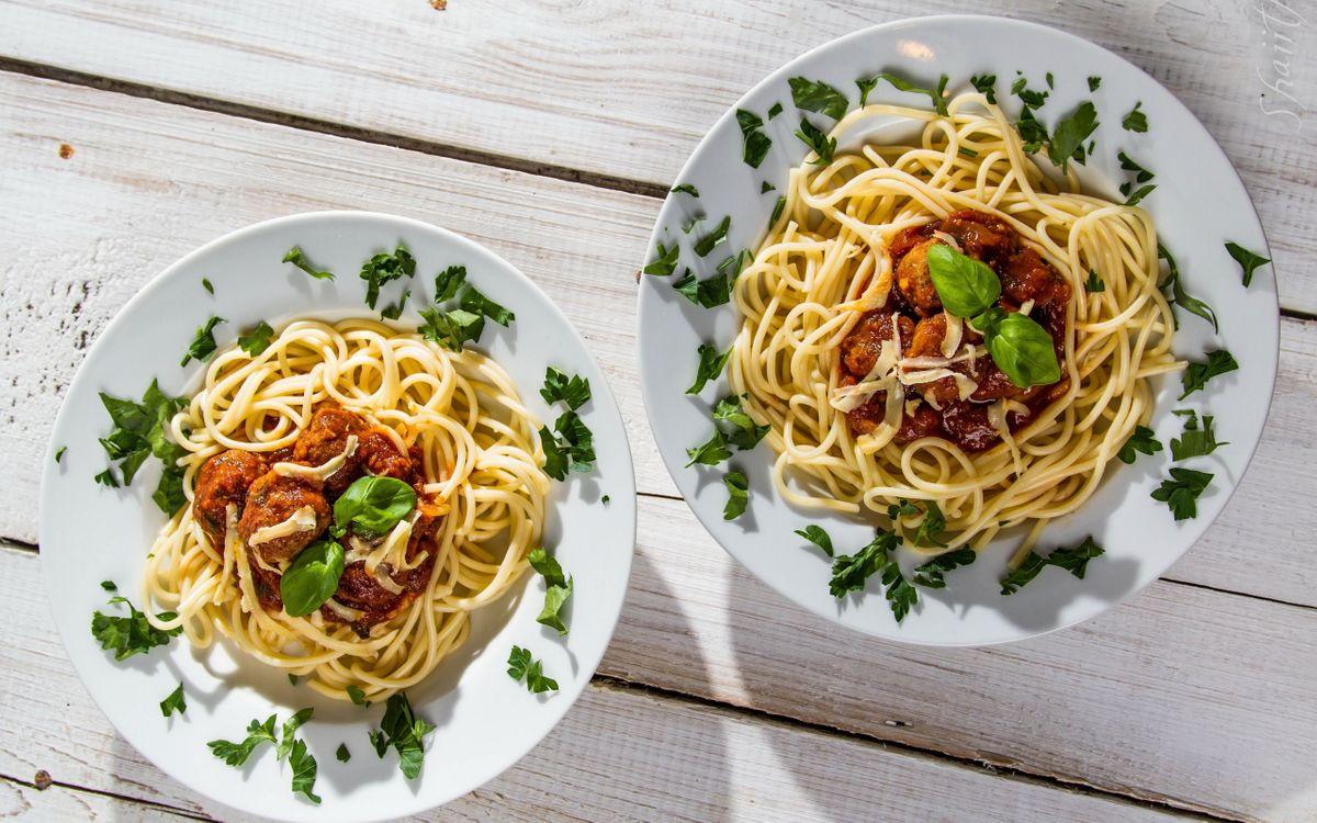 Фото бесплатно лапша, макароны, тарелки - на рабочий стол