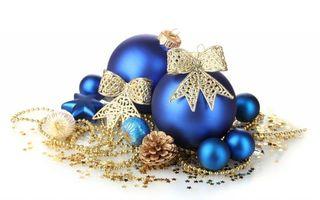шары, синие, фон, белый, шишки