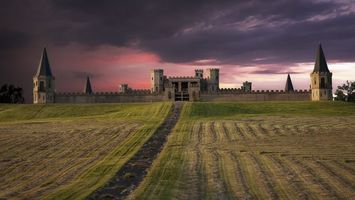 Бесплатные фото замок,башни,крепость,ворота,трава,скошенная,разное