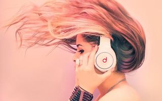 Photo free headphones, girl, blonde