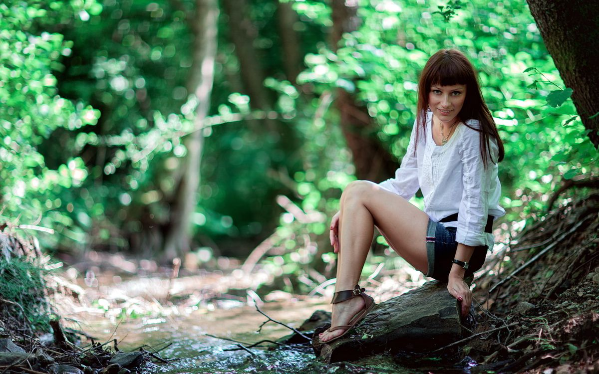 Фото бесплатно девушка, шатенка, рубашка - на рабочий стол