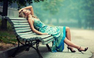 Фото бесплатно скамейка, лавка, плитка