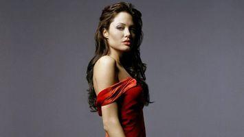 Бесплатные фото angelina jolie,анджелина джоли,актриса,кинозвезда,брюнетка,красотка,красное