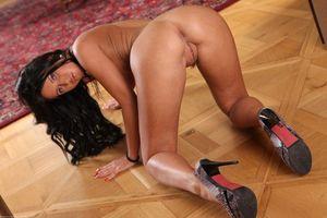 Бесплатные фото Angelika Kitten,красотка,девушка,модель,голая,голая девушка,обнаженная девушка