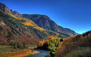 Бесплатные фото горы,скалы,холм,лес,деревья,листья,река