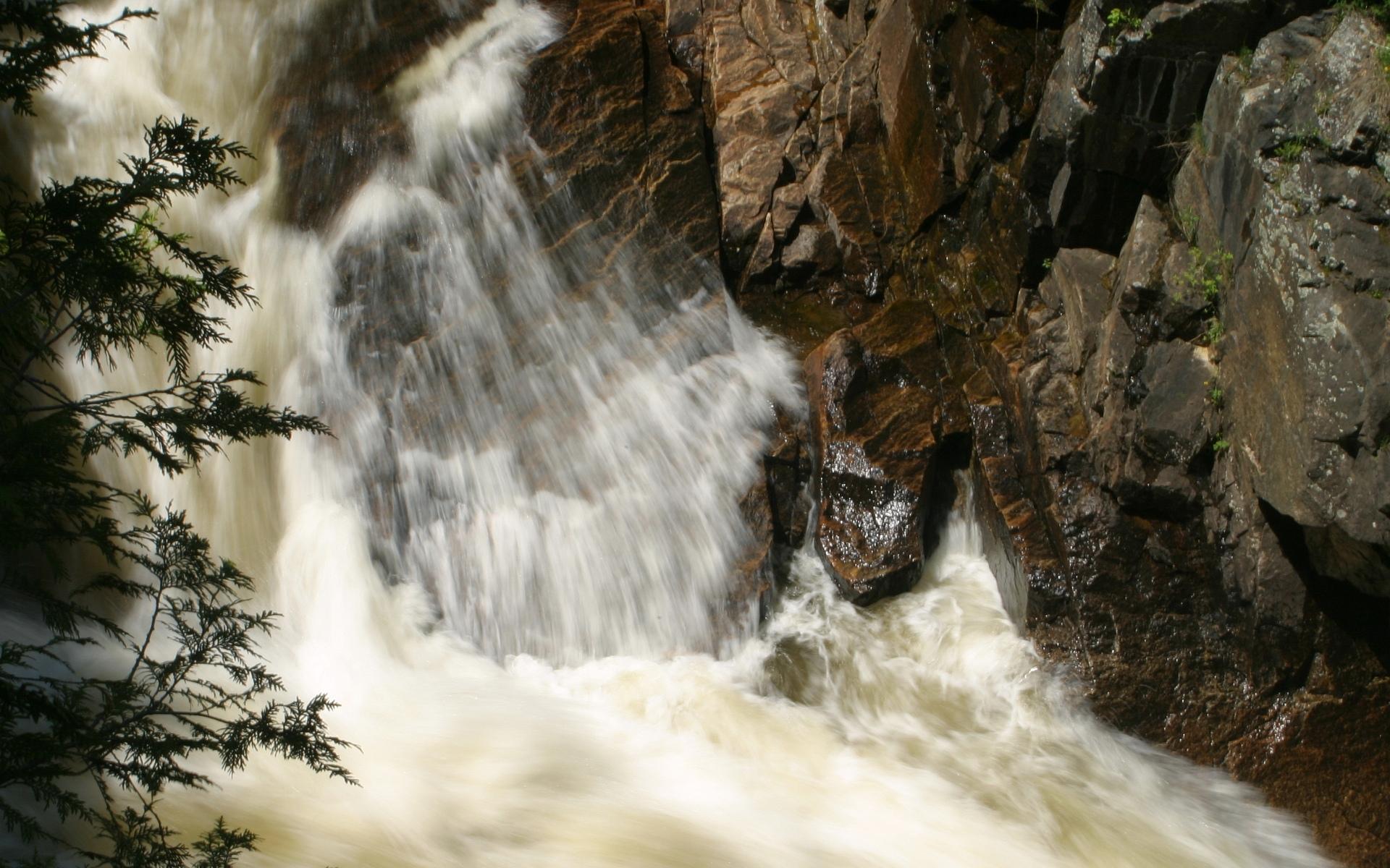 река, течение, камни