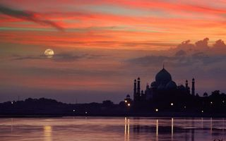Photo free moon, clouds, river