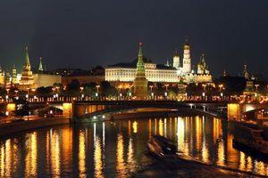 Бесплатные фото Москва, Россия, Кремль, Москва река, ночь, огни, иллюминация