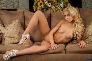 Бесплатные фото Carmen Caliente,девушка,модель,красотка,голая,голая девушка,обнаженная девушка