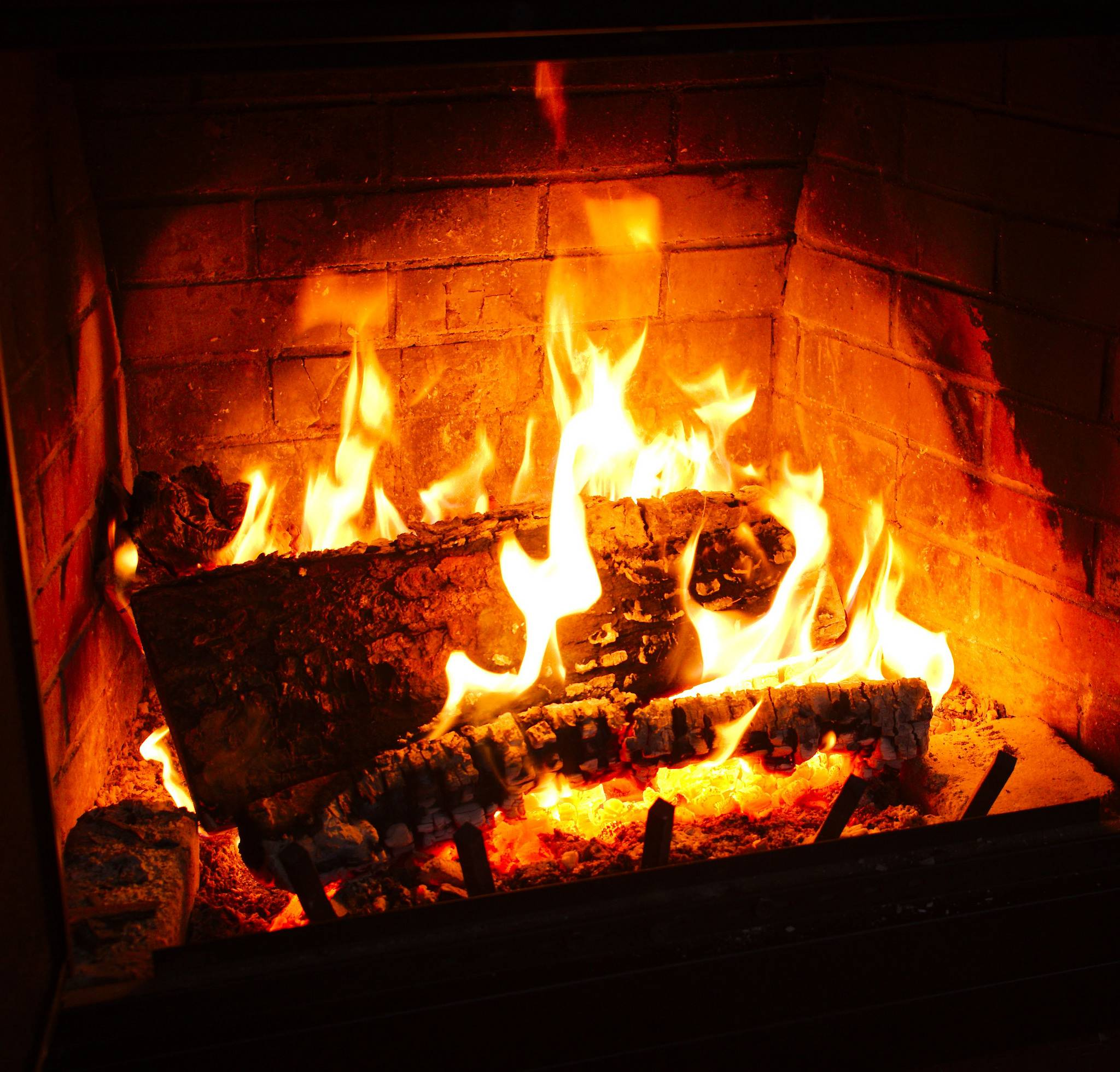 fireplace firewood flicker flame christmas - HD2048×1960