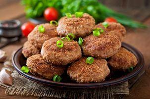 Photo free greens, meat, chicken