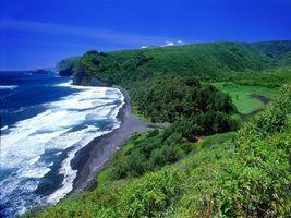 Заставки побережье, море, волны, берег, растительность, горы, небо