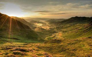 Бесплатные фото горы,долина,растительность,река,небо,облака,солнце
