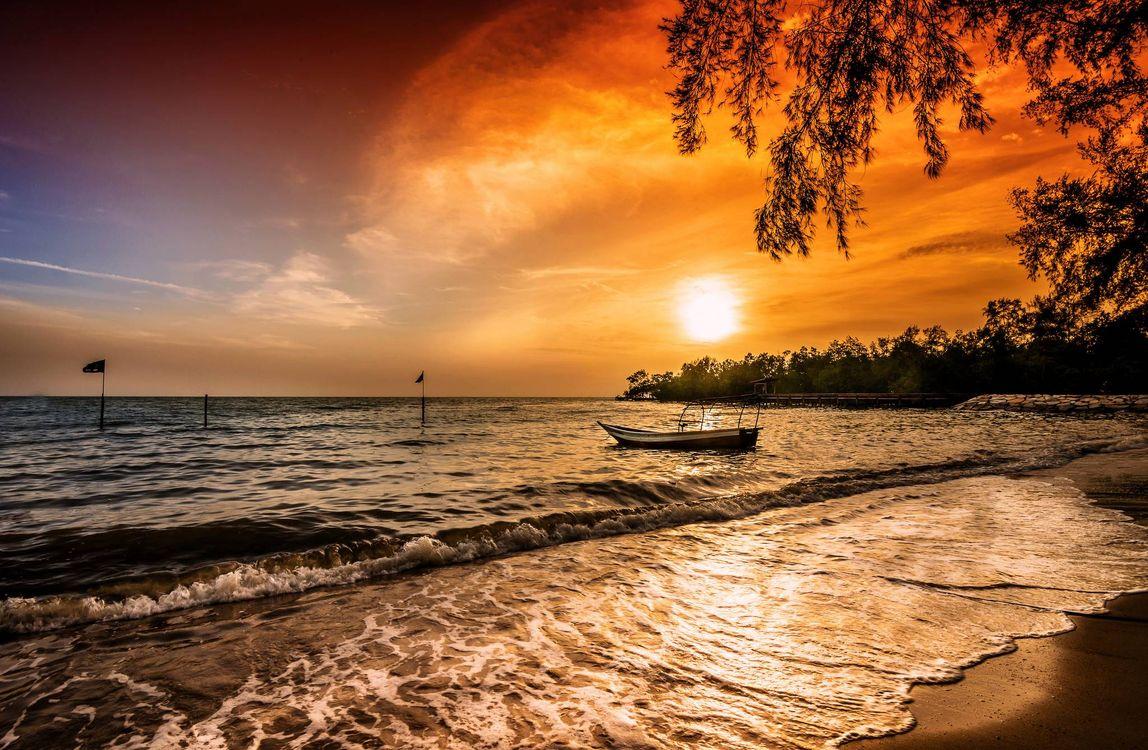 Фото бесплатно закат, море, волны, лодка, пейзаж, пейзажи