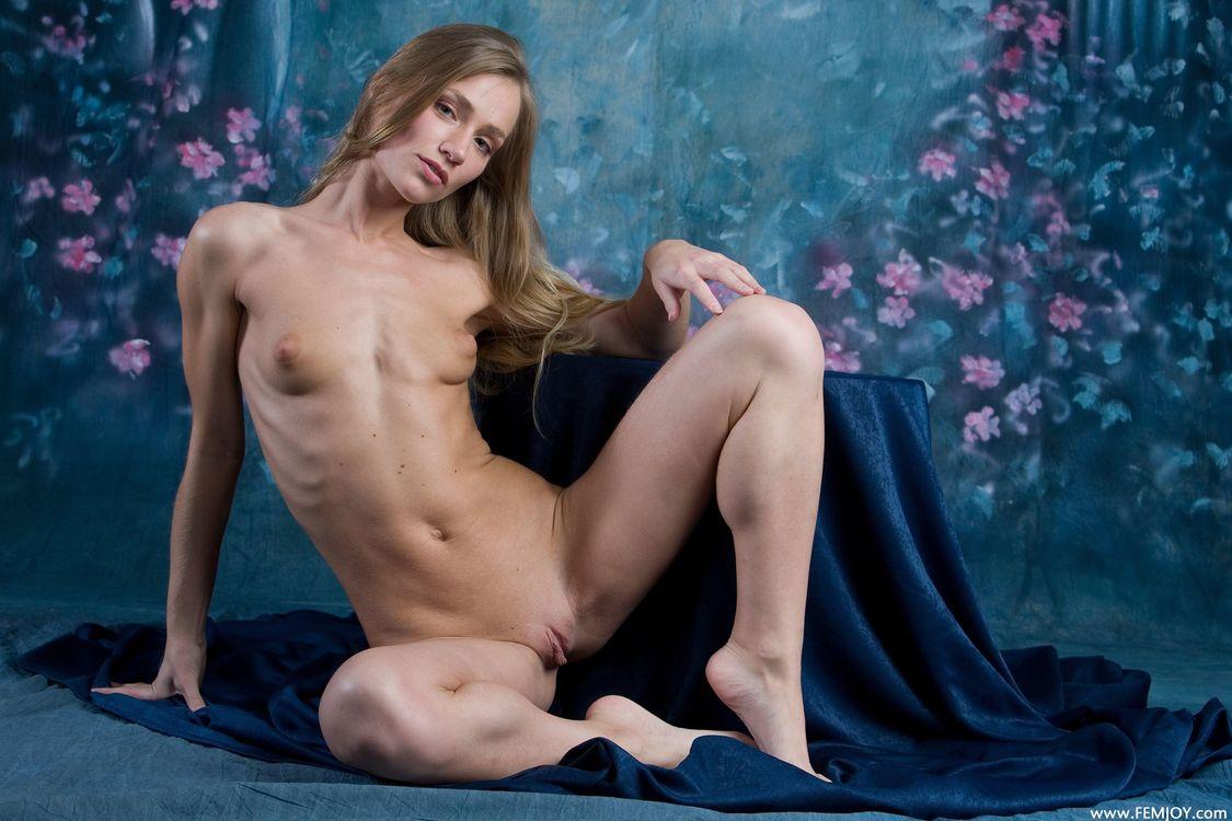 Фото бесплатно Judy, красотка, голая, голая девушка, обнаженная девушка, позы, поза, сексуальная девушка, эротика, эротика
