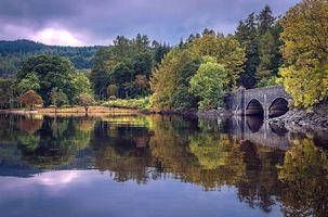 Фото бесплатно озеро, осень, мост, деревья, пейзаж