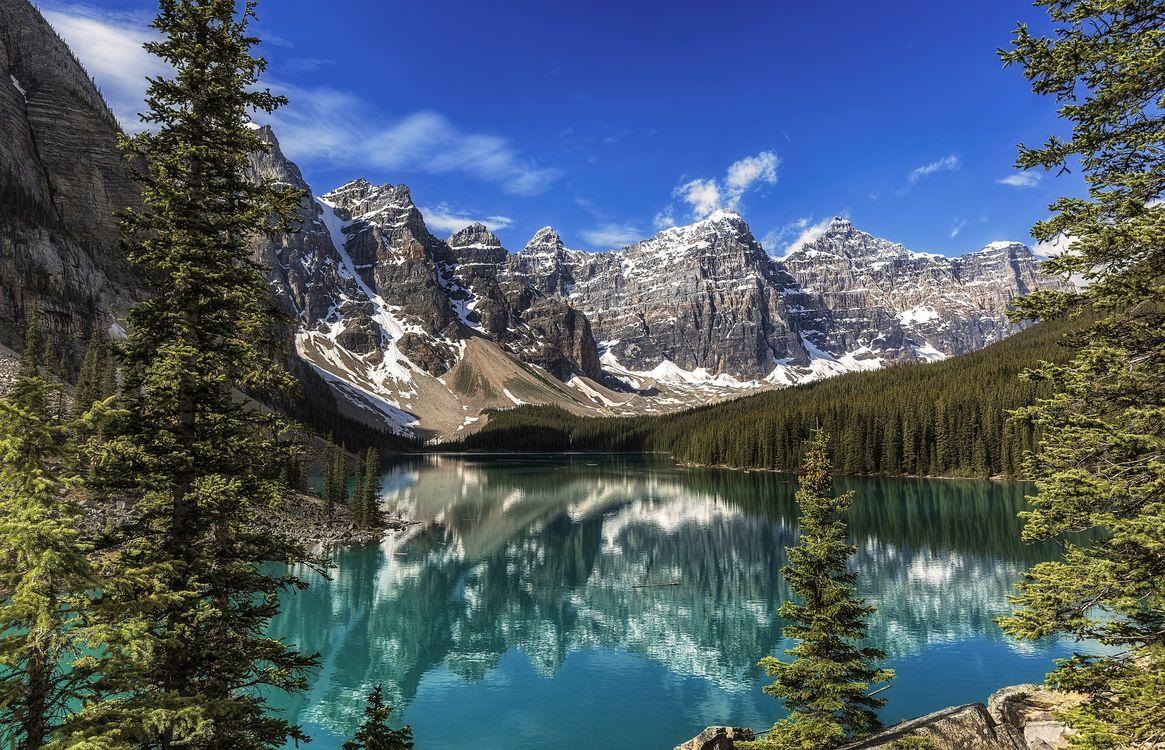 Фото бесплатно Moraine Lake, Banff National Park, Alberta - на рабочий стол