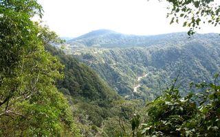 Бесплатные фото лето,горы,дорога,деревья,небо