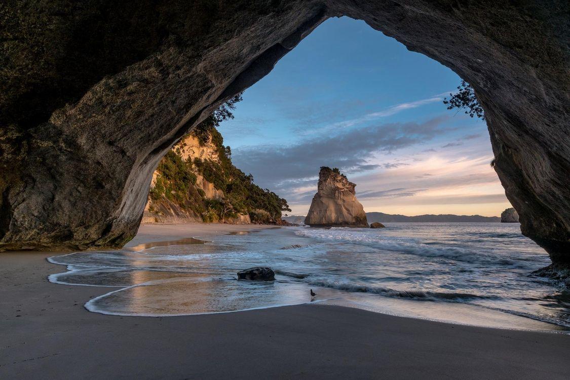Фото бесплатно Новая Зеландия, море, закат, берег, пляж, скалы, арка - на рабочий стол