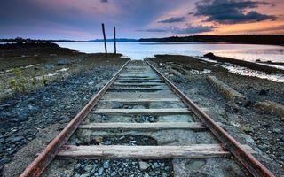 Бесплатные фото берег,железная дорога,рельсы,шпалы,река,небо,облака