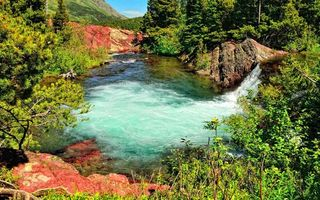 Фото бесплатно горы, камни, трава, деревья, река, водопад