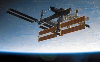 Бесплатные фото планета,земля,орбита,мкс,солнечные батареи,невесомость